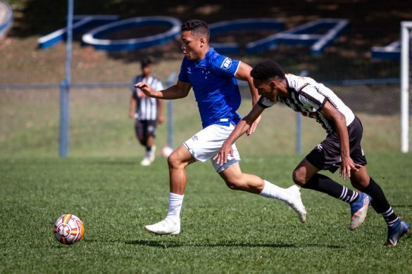 Cássio anotou o terceiro gol do confronto - Foto: Gustavo Aleixo/Cruzeiro