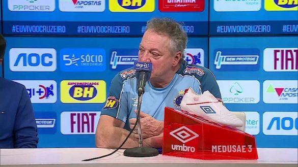 Treinador do Cruzeiro, Abel Braga em entrevista coletiva - Foto: Reprodução