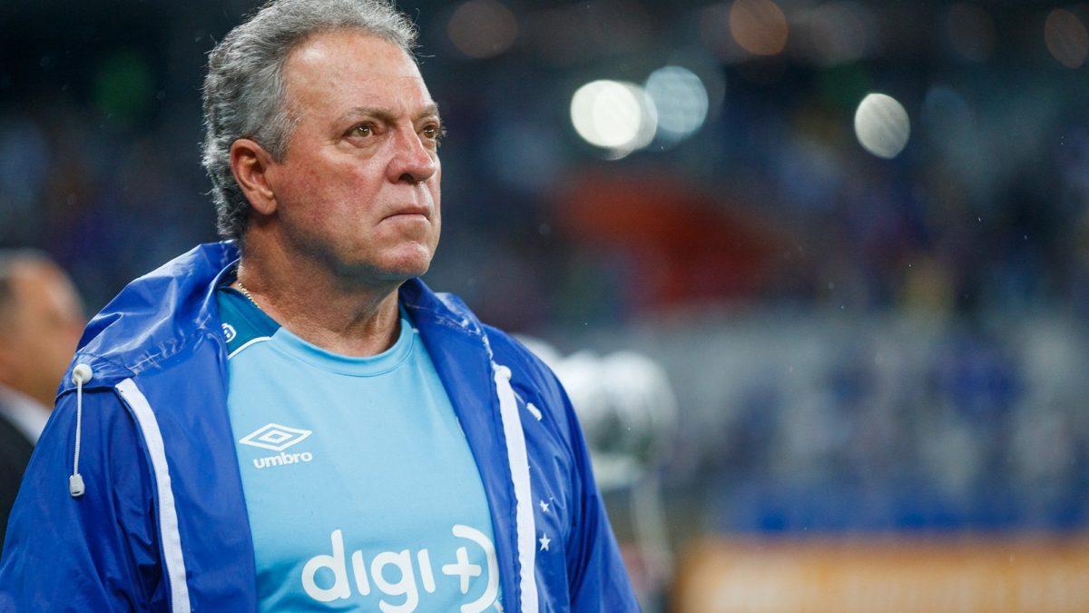 Abel Braga lamenta resultado em casa e fala sobre os próximos passos da equipe no Brasileirão