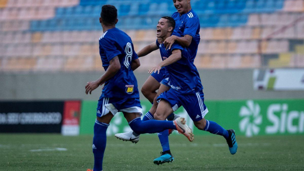 Cruzeiro goleia o Sergipe por 3 a 0 e garante classificação antecipada na Copinha