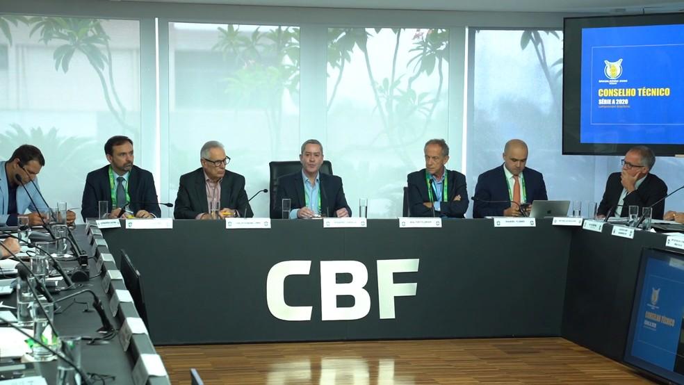 CBF e clubes projetam início de Brasileiro